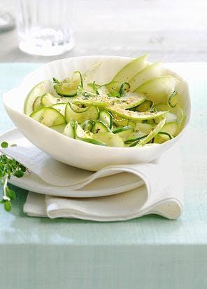 Salade de courgettes aux pommes