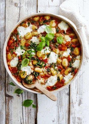 Gnocchis à la sauce tomate, basilic et mozzarella