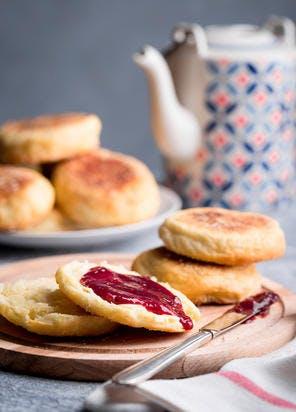 Muffins anglais à la confiture