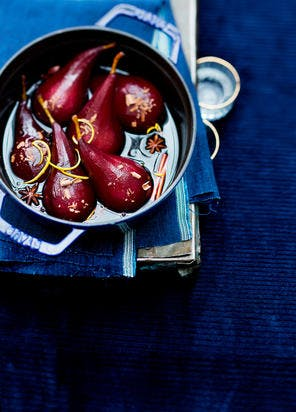 Poires au vin de Noël, copeaux de chocolat