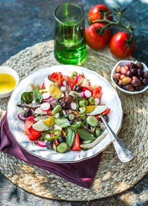 Salade niçoise à l'huile d'olive de Provence