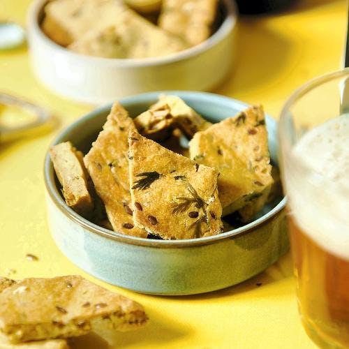 Crackers aux fanes