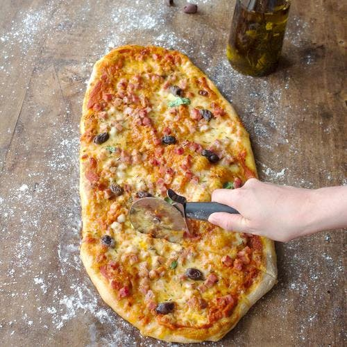 Pizza jambon - fromages