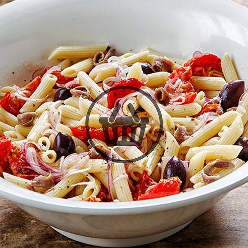 Penne en salade, anchois et olives noires | Simple & Bon
