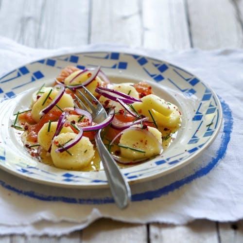Salade de pommes de terre au saumon