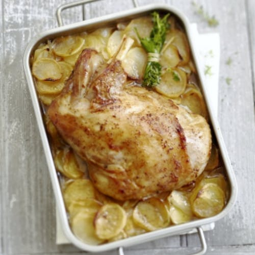 Épaule d'agneau au four et pommes de terre