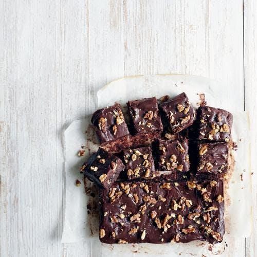 petits carrés au chocolat et aux noix