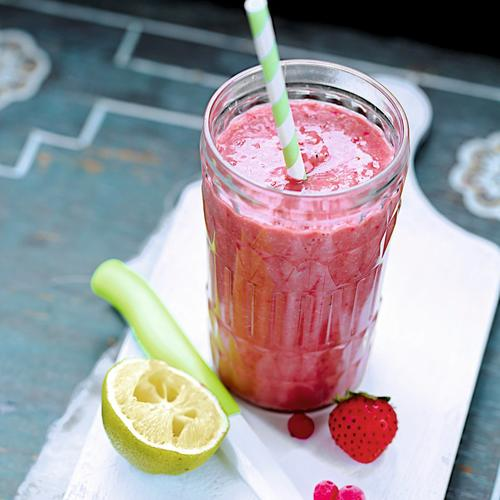 Milk-shake avocat, fruits rouges, citron