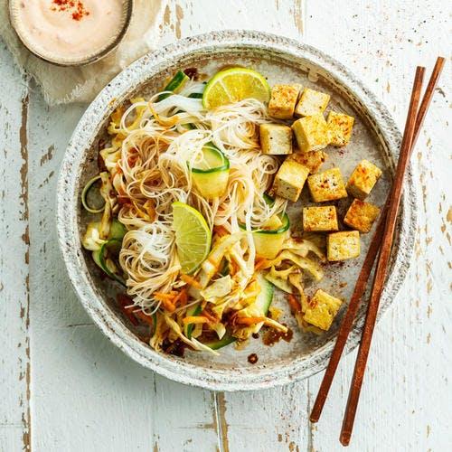 Salade asiatique au tofu grillé