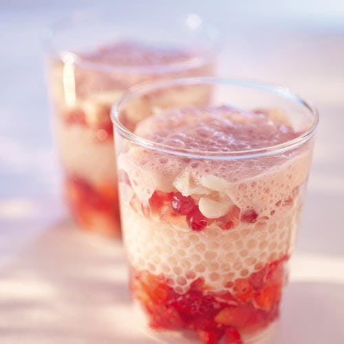Jeu de perles aux fraises et aux lychees