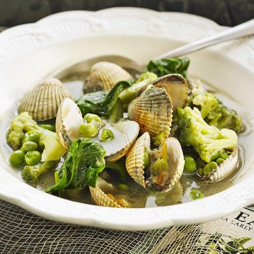 Coques aux petits pois, épinards et brocolis