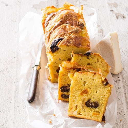 Cake au Reblochon et fruits secs