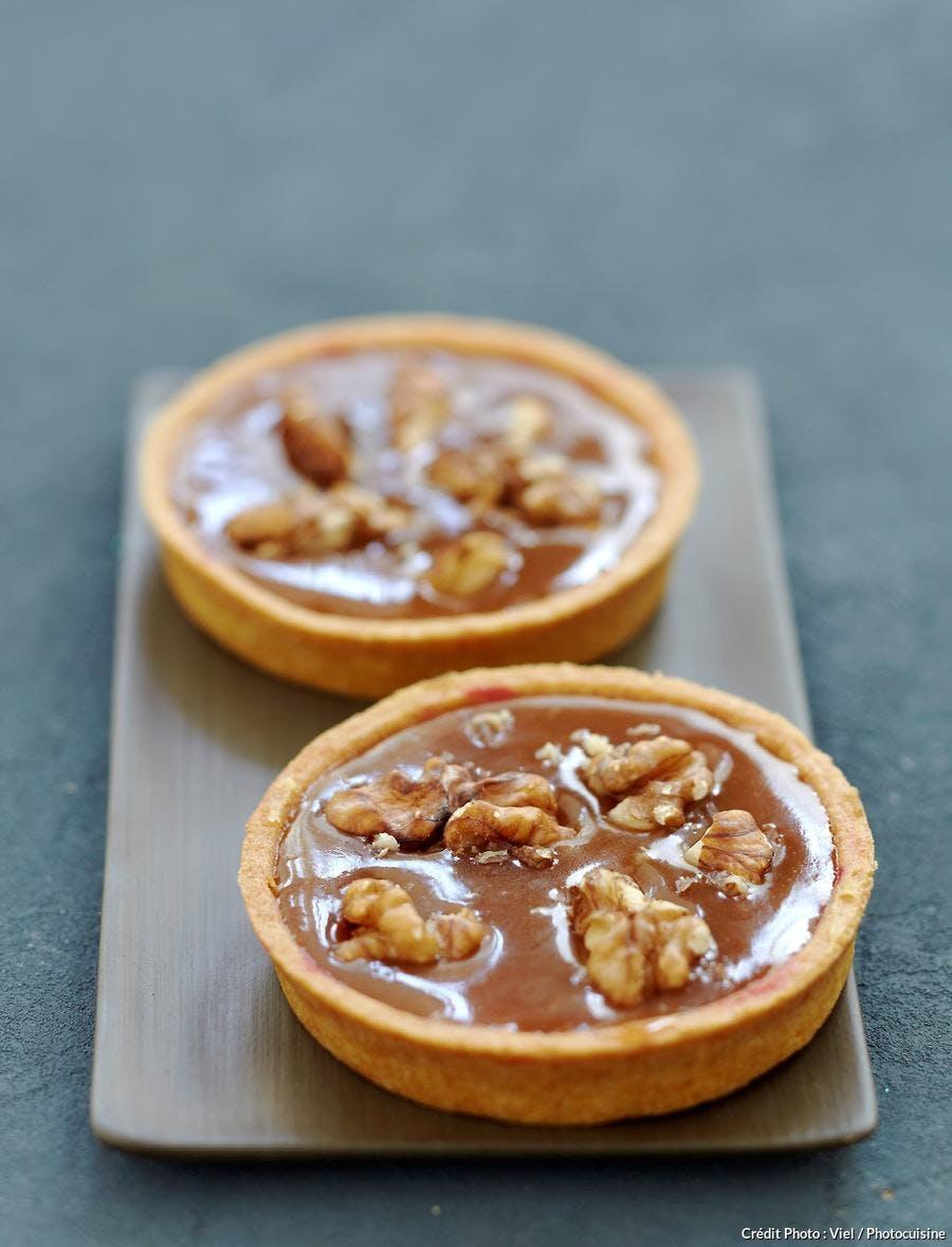 R76-tarte-caramel-noix_ss.jpg