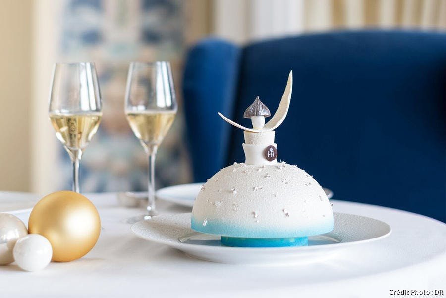 Buche de Noel la fée dragée de l'hôtel Royal Evian