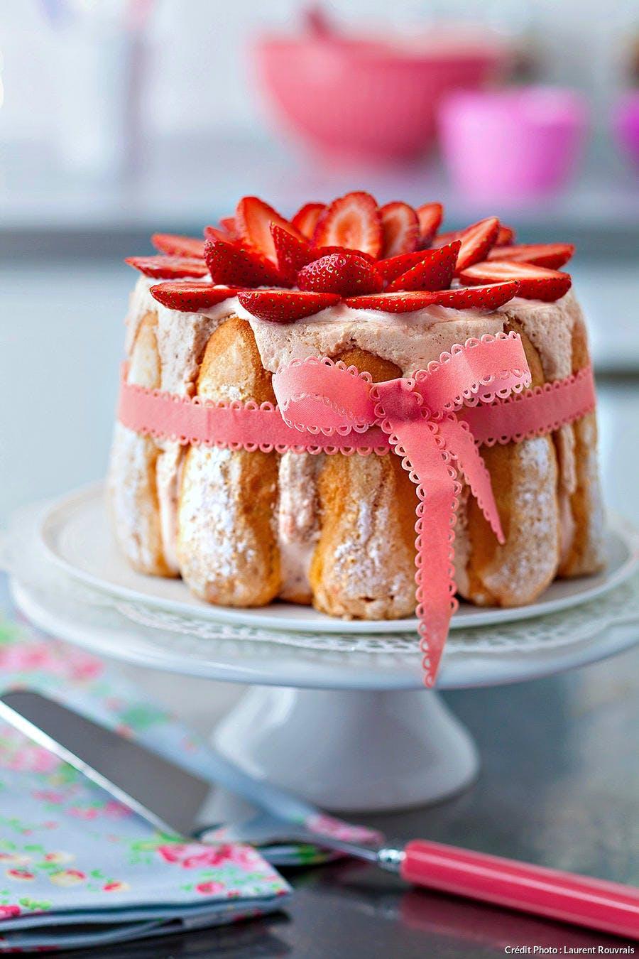r40_charlotte-fraises_lr.jpg