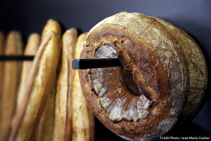 r57_paris-gateaux-et-du-pain-couronne_jmc.jpg