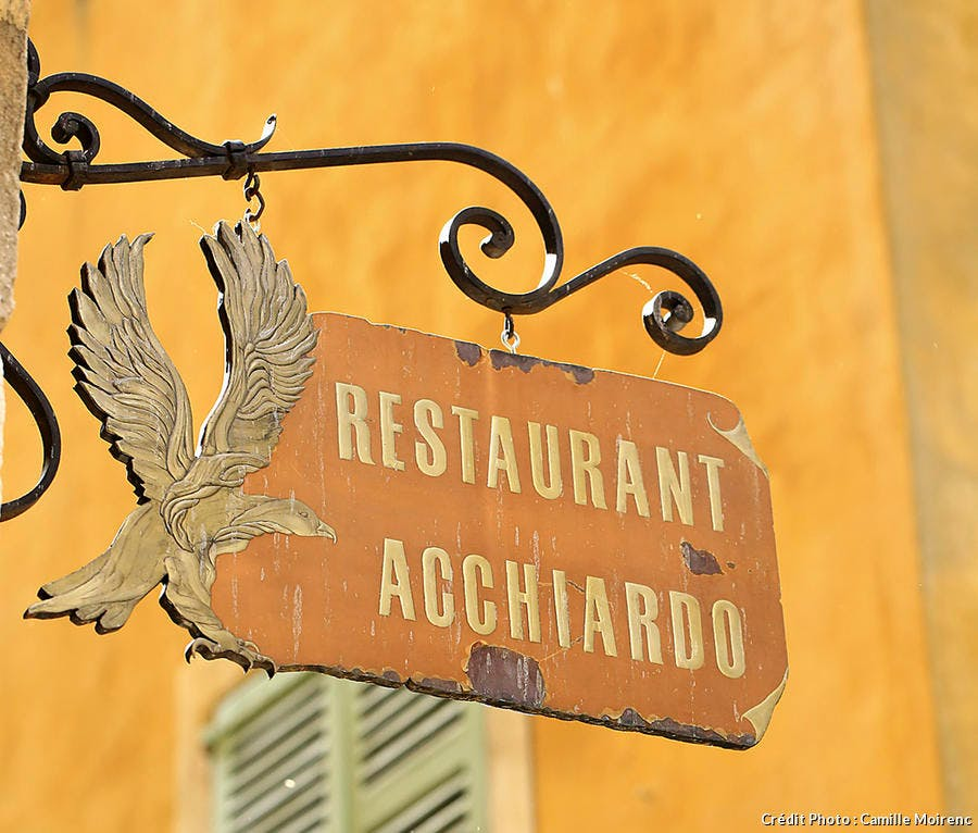 r60_nice-restaurant-acchiardo-recadree_cm.jpg