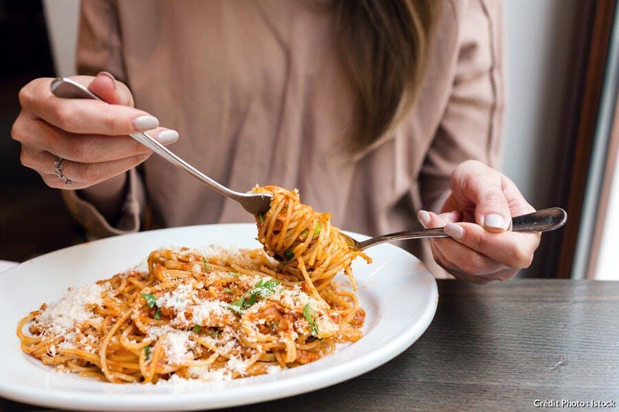Dégustation spaghettis bolognaise