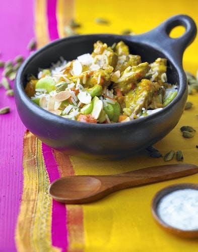 Curry d'agneau aux fèves et aux amandes