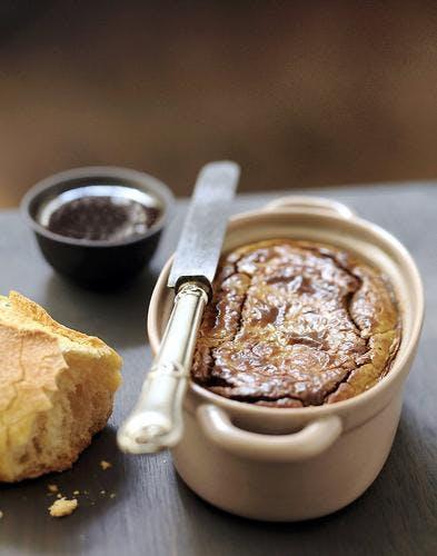 Gâteau de foies de volaille au caramel de balsamique