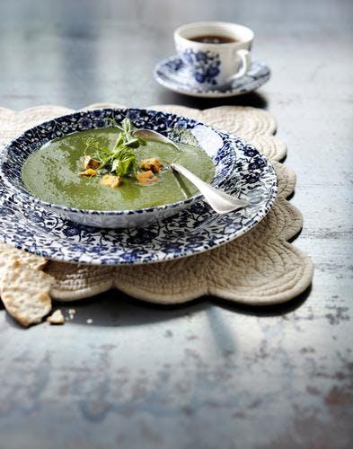 Soupe d'épinards au bleu du Shropshire