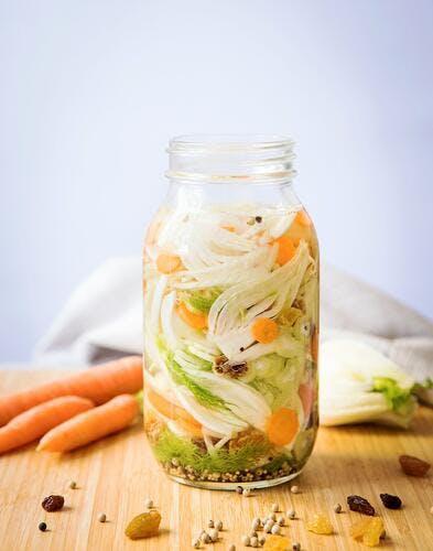 Fenouil et carottes fermentés à la moutarde