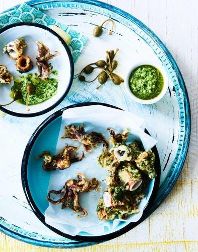 Tempuras de calamars aux herbes, pesto aux petits pois