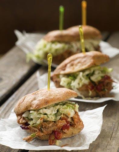 Mini-burgers à la viande de porc confite