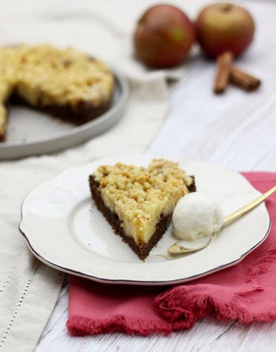 Gâteau crumble à la pomme et à la cannelle