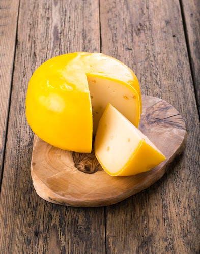 Salade aux fromages au poivron et aux raisins