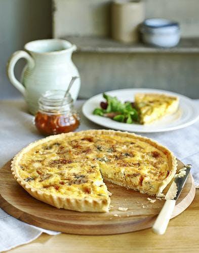 Quiche au fromage et aux oignons