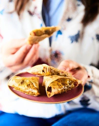 Samoussas au canard, poivron, fruits secs et épices