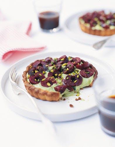 Tarte aux cerises à la crème de pistache