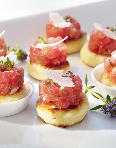 Coussins de ricotta et parmesan, tartare de tomate