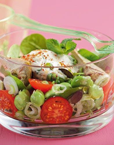 Salade d'été et sa quenelle pimentée
