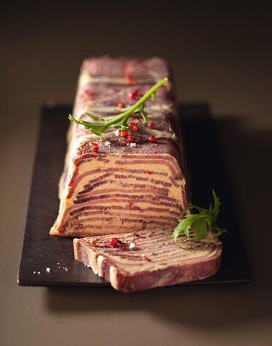 Mille-feuille de langue et foie gras, façon Lucullus