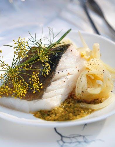 Saint-pierre aux fenouils, marinade d'herbes et d'épices