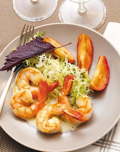 Salade de crevettes et pommes, vinaigrette crémeuse