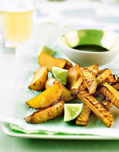 Potato wedges et salsa