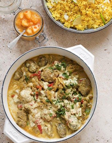 Curry d'agneau aux poivrons rouges