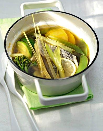 Jeunes légumes pochés au bouillon façon thaïe