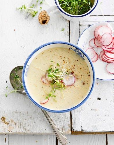 Soupe de radis et ricotta