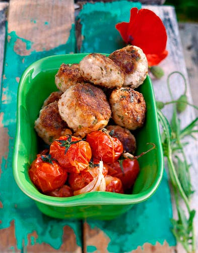 Boulettes au pecorino aux tomates cerises rôties