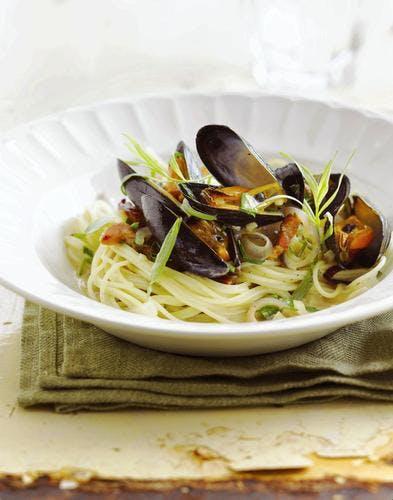 Spaghettini aux moules et à l'estragon
