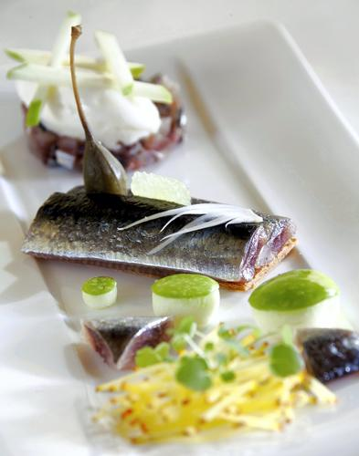 Reg_tartelette_sardine_sorbet_huile_olive