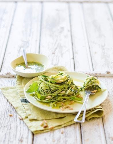 Spaghetti aux courgettes et au pesto