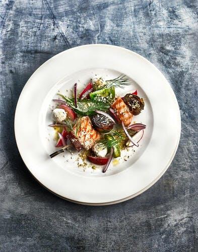 Saumon, chorizo et artichauts violets