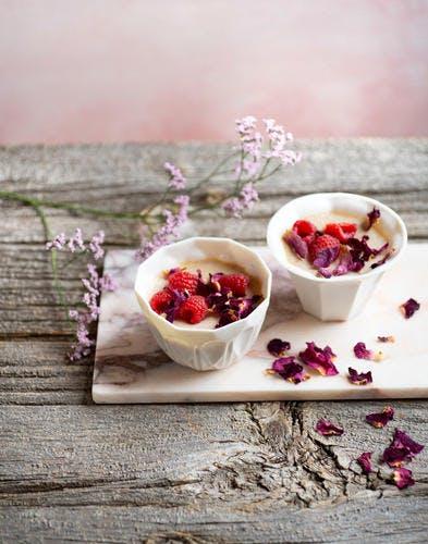 Petites crèmes rose-litchi-framboise