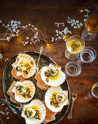 Saint-jacques dans leur coquille, condiment algues-kumquat
