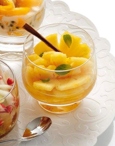 Ananas au sirop épicé